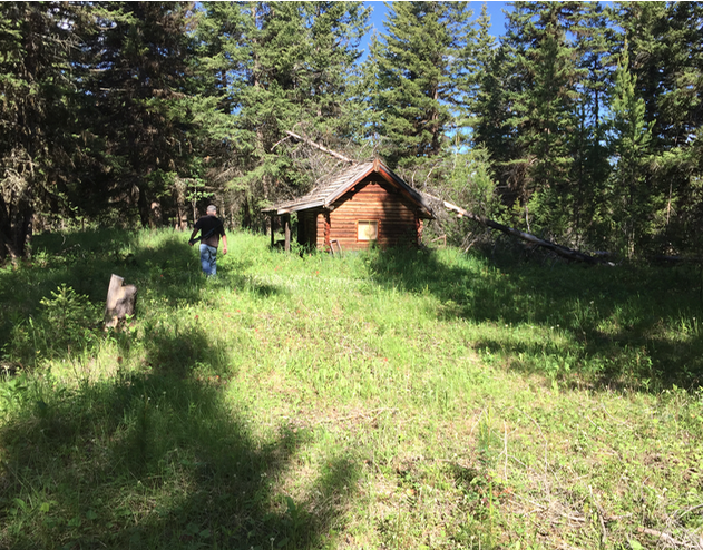The small cabin off grid cabin living for Off grid cabin foundation
